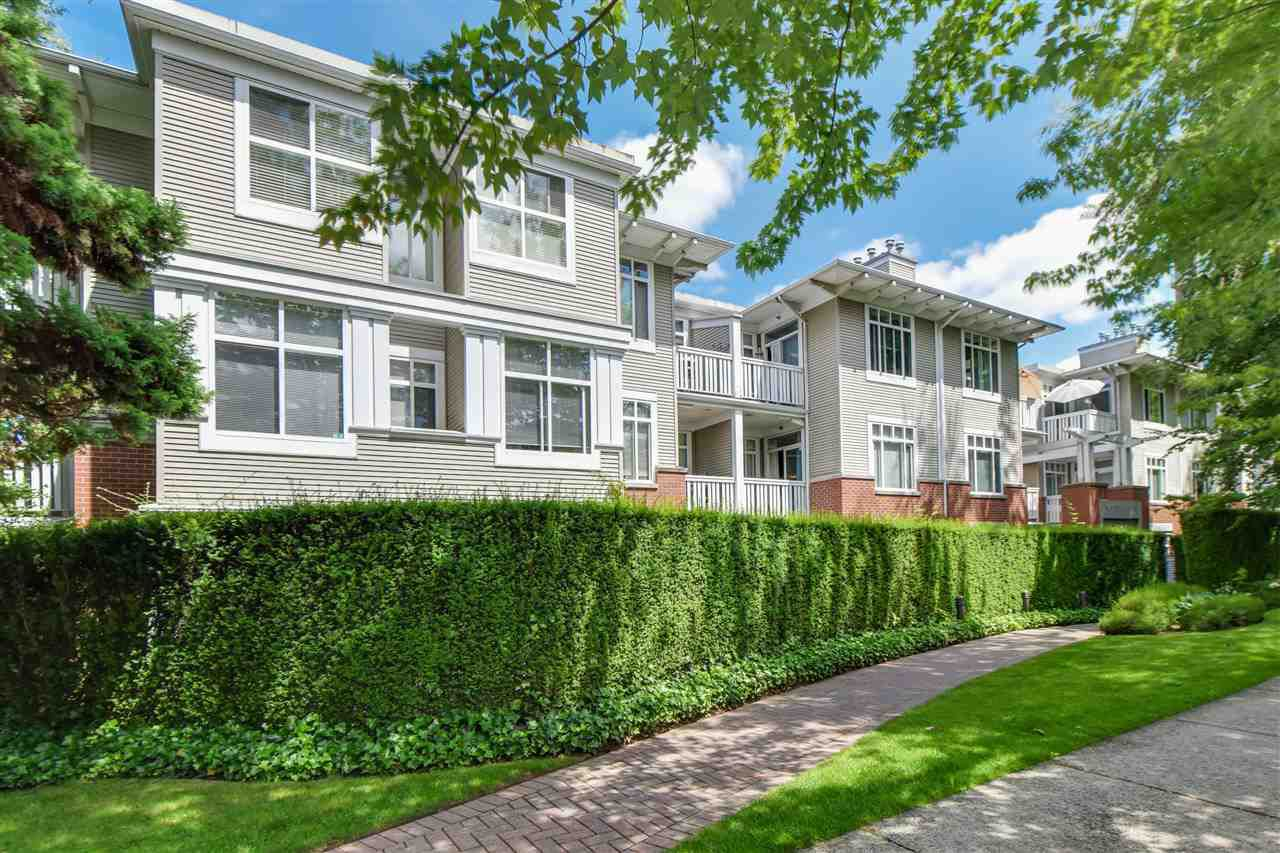 """Main Photo: 115 1675 W 10TH Avenue in Vancouver: Fairview VW Condo for sale in """"NORFOLK HOUSE"""" (Vancouver West)  : MLS®# R2086352"""