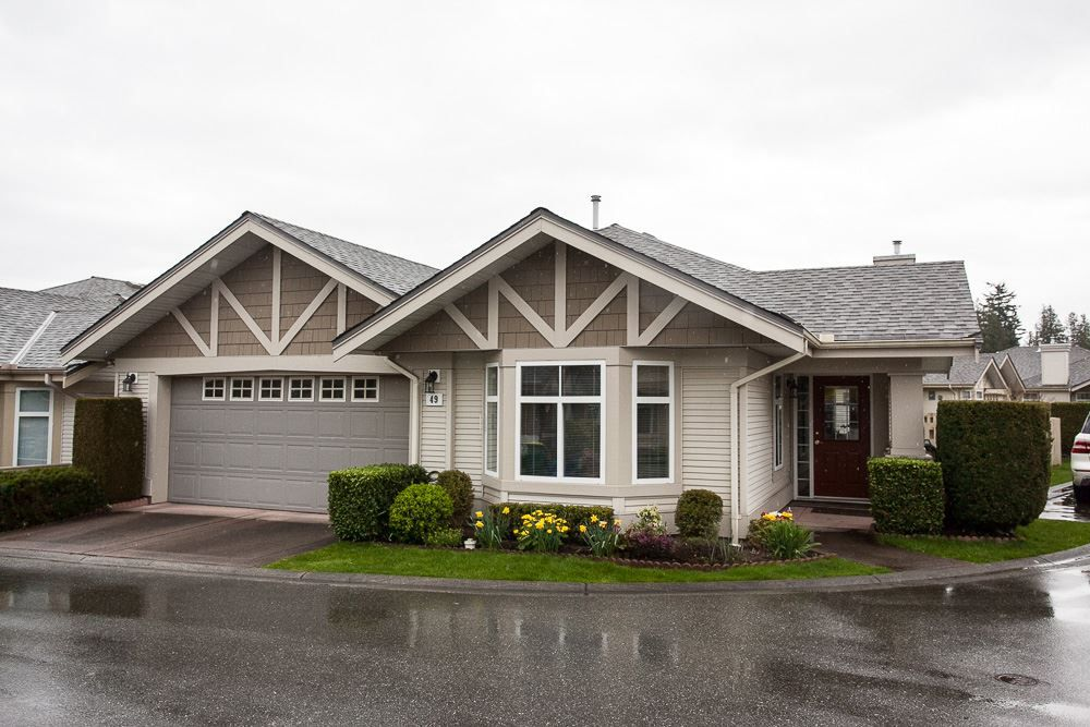 """Main Photo: 49 8555 209 Street in Langley: Walnut Grove Townhouse for sale in """"Autumnwood"""" : MLS®# R2154627"""