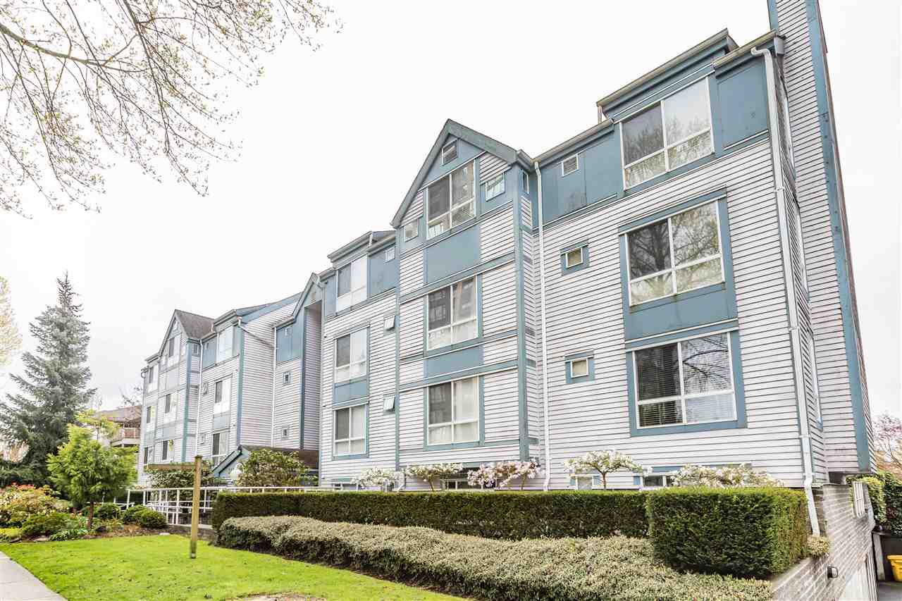 Main Photo: 404 7465 SANDBORNE Avenue in Burnaby: South Slope Condo for sale (Burnaby South)  : MLS®# R2159263