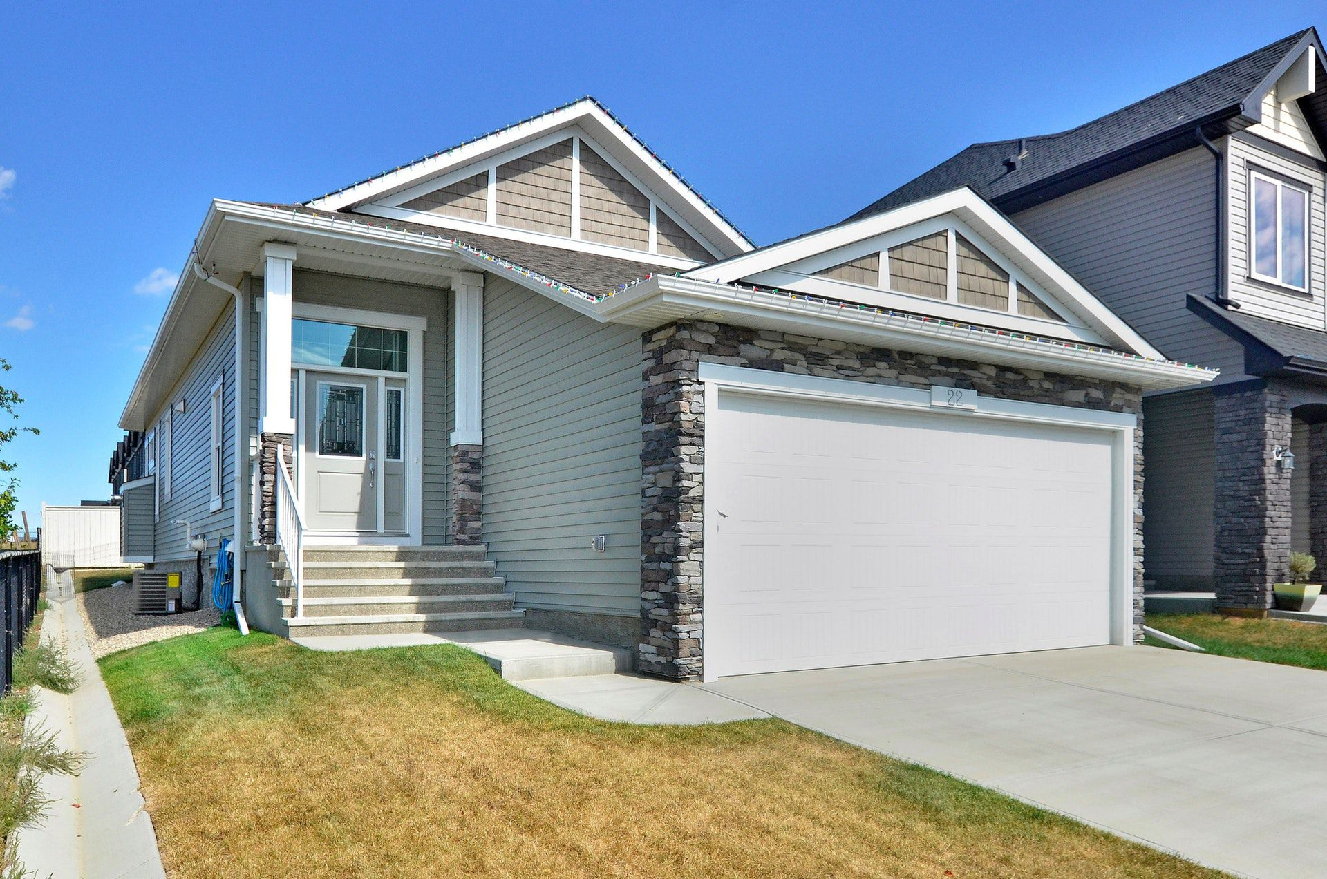 Another SOLD Okotoks Property 22 Drake Landing Gardens, Okotoks