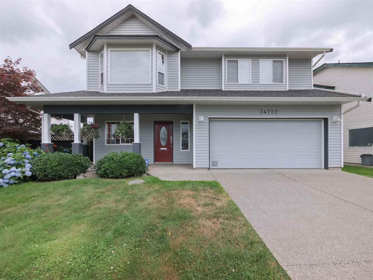 "Main Photo: 34722 FARMER Road in Abbotsford: Poplar House for sale in ""Huntingdon Village - Poplar"" : MLS®# R2307140"