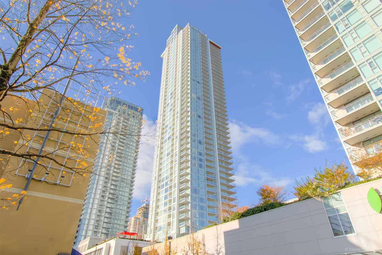 """Main Photo: 3511 4670 ASSEMBLY Way in Burnaby: Metrotown Condo for sale in """"STATION SQUARE 2"""" (Burnaby South)  : MLS®# R2320820"""