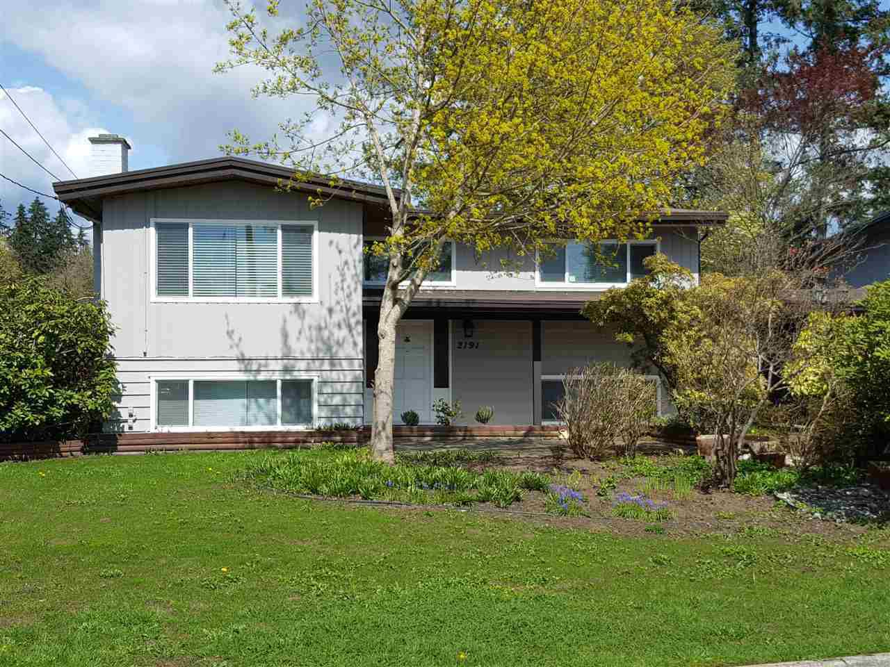 Main Photo: 2191 CENTENNIAL Avenue in Port Coquitlam: Glenwood PQ House for sale : MLS®# R2346031