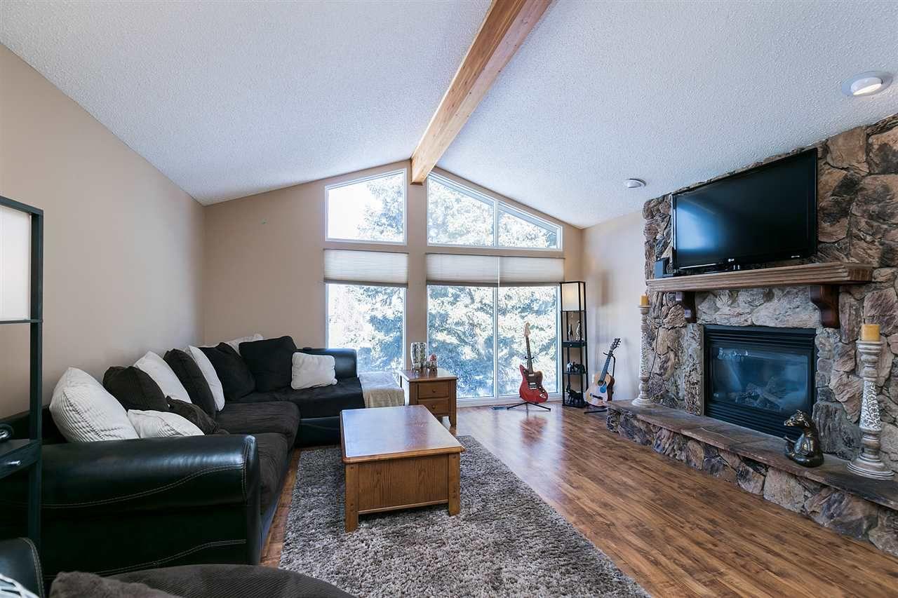 Main Photo: 22 GREENWOOD Close: Spruce Grove House for sale : MLS®# E4146811