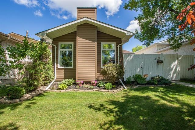 Main Photo: 35 Parashin Bay in Winnipeg: Tyndall Park Residential for sale (4J)  : MLS®# 1917093