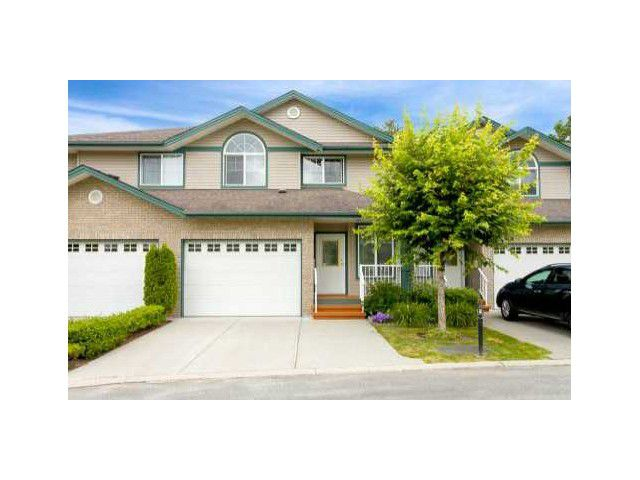 "Main Photo: 15 11358 COTTONWOOD Drive in Maple Ridge: Cottonwood MR Townhouse for sale in ""CARRIAGE LANE"" : MLS®# V1032815"
