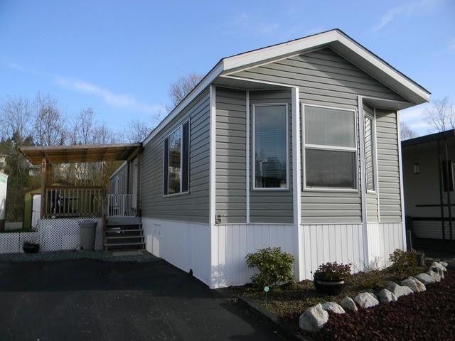 """Main Photo:  in Abbotsford: Central Abbotsford Manufactured Home for sale in """"Georgian Park"""" : MLS®# F1428759"""