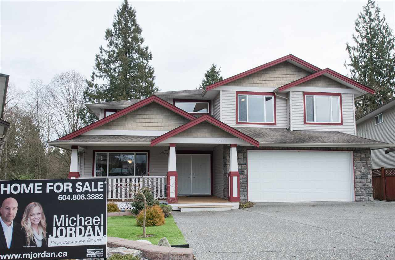 "Main Photo: 23719 114A Avenue in Maple Ridge: Cottonwood MR House for sale in ""GILKER HILL ESTATES"" : MLS®# R2039858"