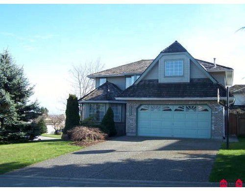 Main Photo: 19148 63RD Ave in Cloverdale: Home for sale : MLS®# F2906651