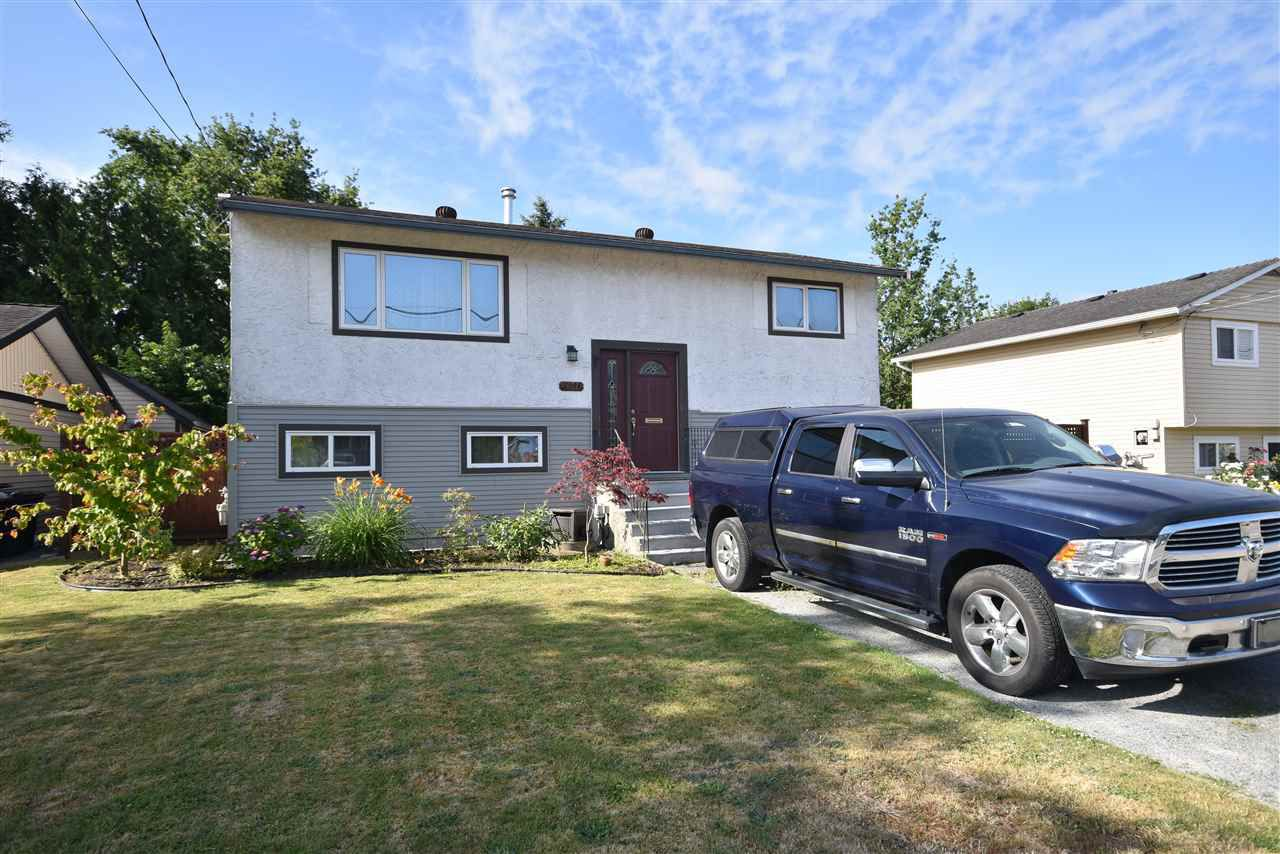 Main Photo: 17048 60 Avenue in Surrey: Cloverdale BC House for sale (Cloverdale)  : MLS®# R2186749