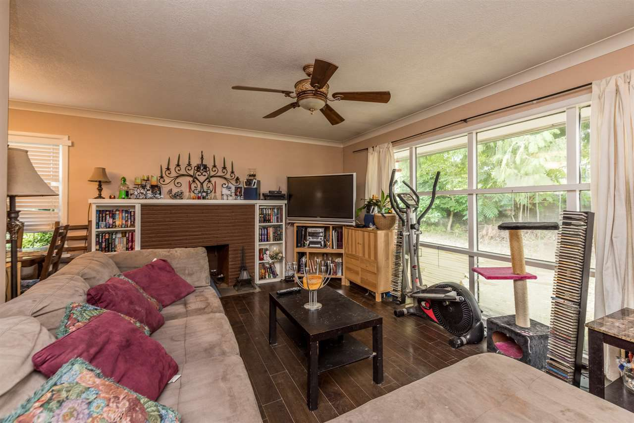 Photo 7: Photos: 1901 PITT RIVER Road in Port Coquitlam: Mary Hill House for sale : MLS®# R2190398