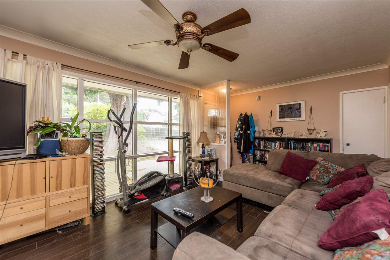 Photo 10: Photos: 1901 PITT RIVER Road in Port Coquitlam: Mary Hill House for sale : MLS®# R2190398