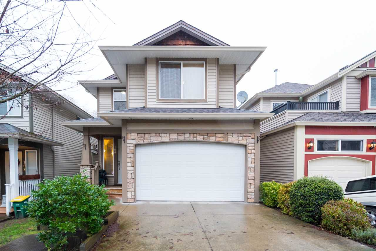 Main Photo: 109 8888 216 STREET in Langley: Walnut Grove House for sale : MLS®# R2236303