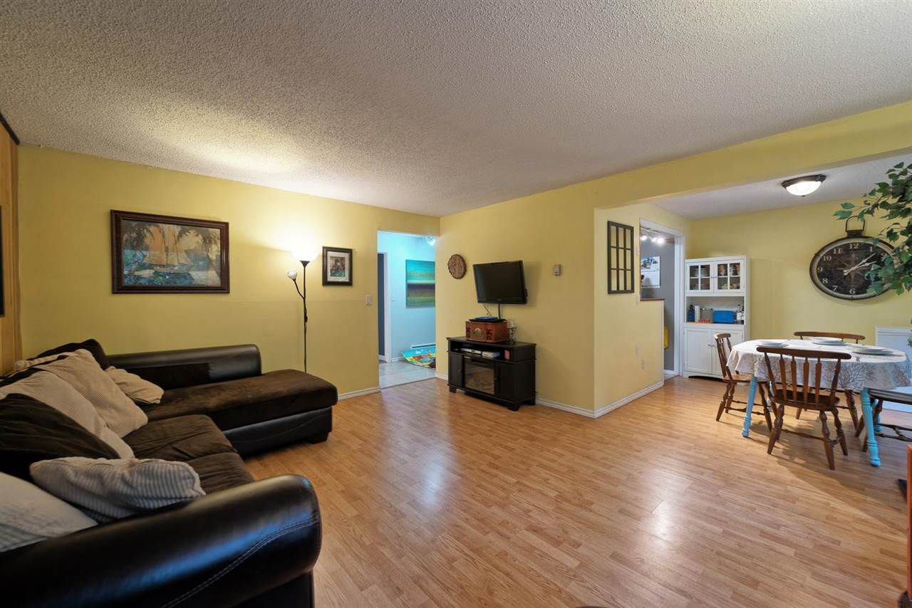 """Main Photo: 859 WESTVIEW Crescent in North Vancouver: Upper Lonsdale Condo for sale in """"Cypress Gardens"""" : MLS®# R2255255"""