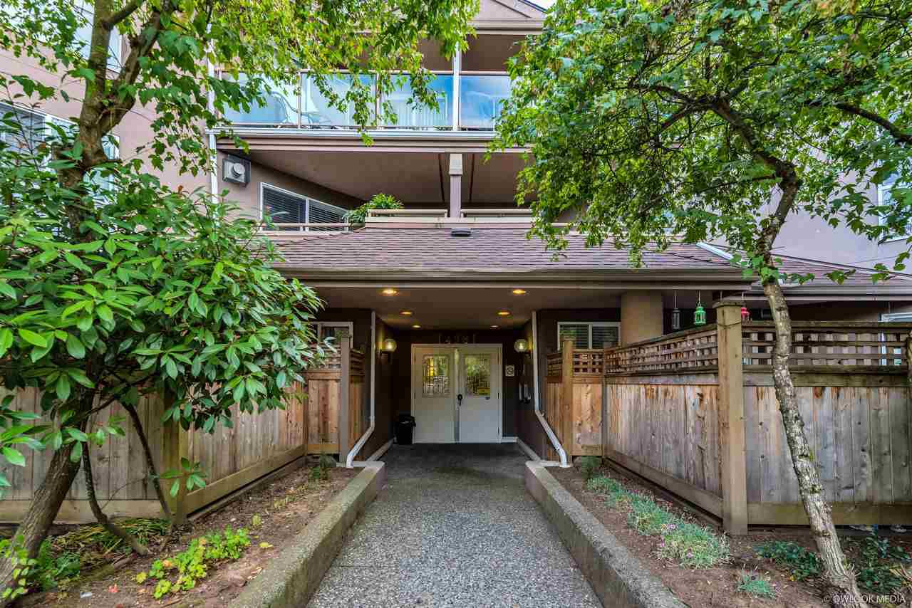 "Main Photo: 305 14981 101A Avenue in Surrey: Guildford Condo for sale in ""Cartier Place"" (North Surrey)  : MLS®# R2335778"