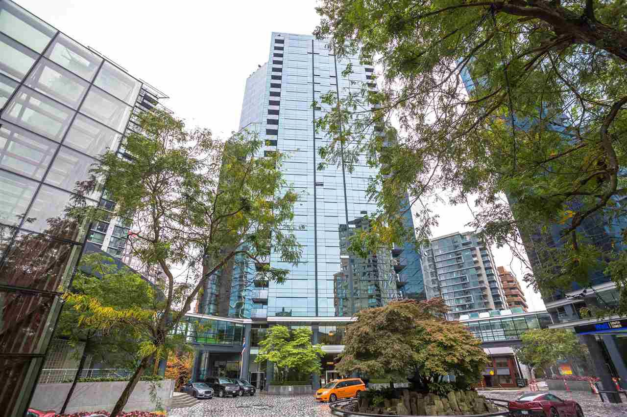 "Main Photo: 503 1050 BURRARD Street in Vancouver: Downtown VW Condo for sale in ""WALL CENTRE"" (Vancouver West)  : MLS®# R2348358"