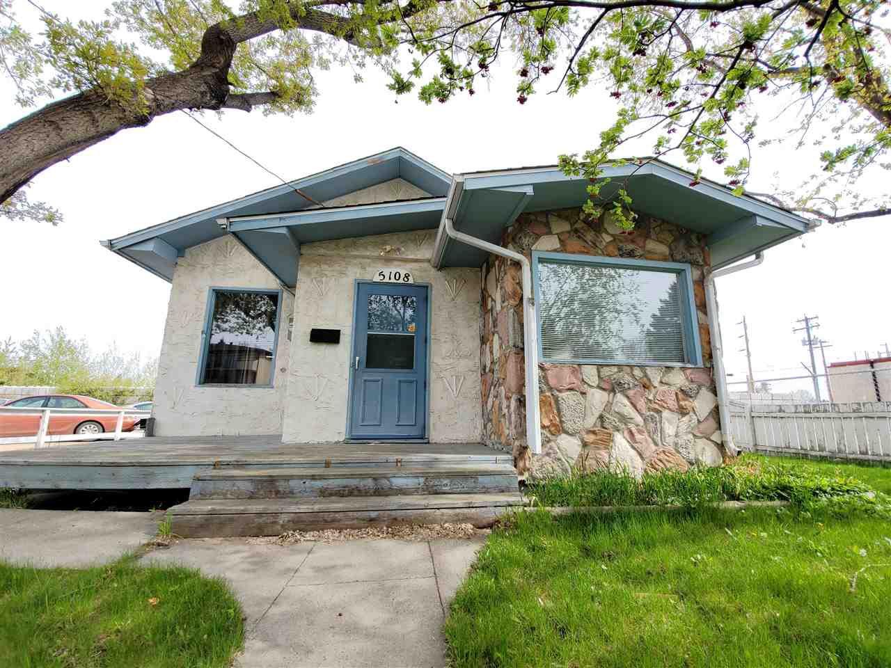 Main Photo: 5108 53 Avenue: Wetaskiwin House for sale : MLS®# E4157592