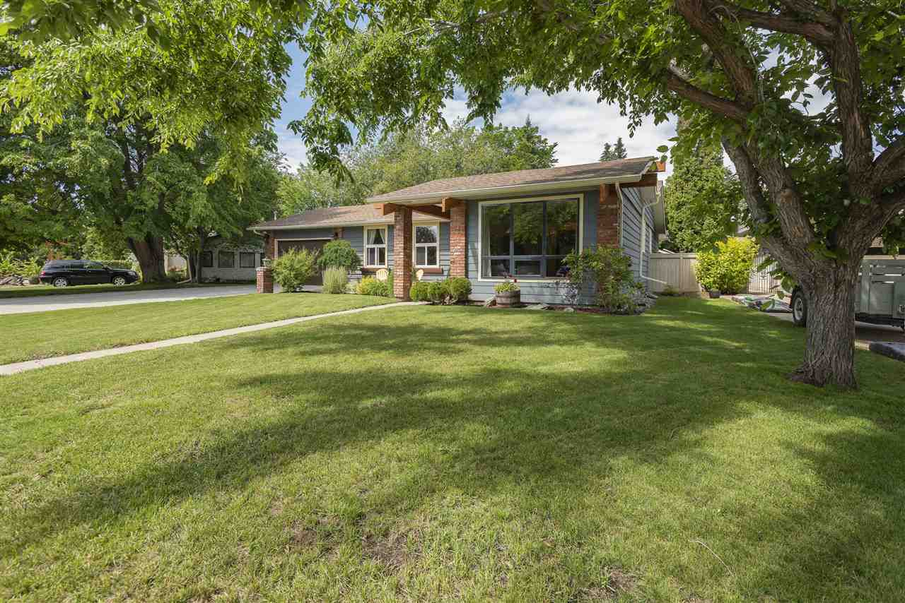Main Photo: 6308 145A Street in Edmonton: Zone 14 House for sale : MLS®# E4164923
