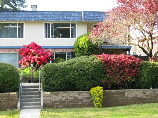 Main Photo: 6261 LOCHDALE Street in Burnaby: Parkcrest House 1/2 Duplex for sale (Burnaby North)  : MLS®# V891364