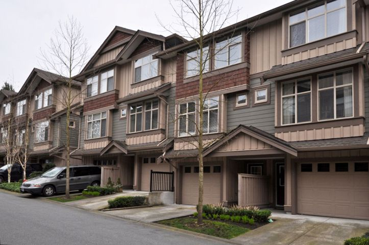 Main Photo: 22 21661 88 Avenue in Langley: Walnut Grove Home for sale : MLS®# F1208183