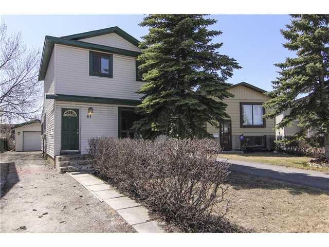 Main Photo: 81 ERIN RIDGE Road SE in CALGARY: Erinwoods Residential Detached Single Family for sale (Calgary)  : MLS®# C3612417