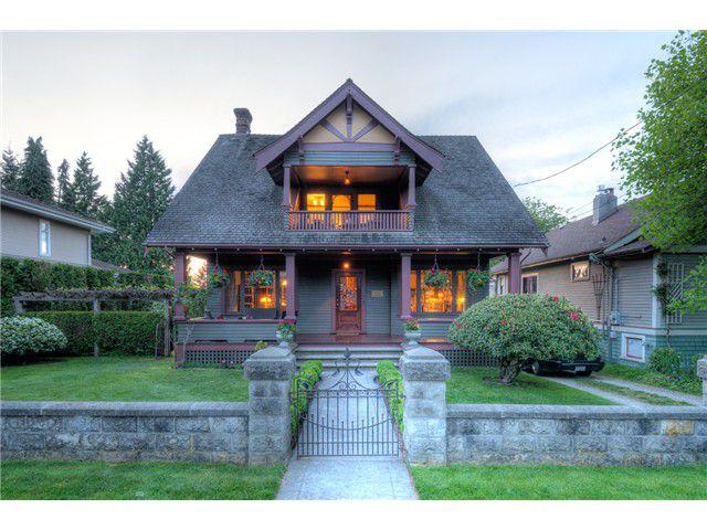 "Main Photo: 211 SEVENTH Avenue in New Westminster: GlenBrooke North House for sale in ""GLENBROOKE NORTH"" : MLS®# V1072548"