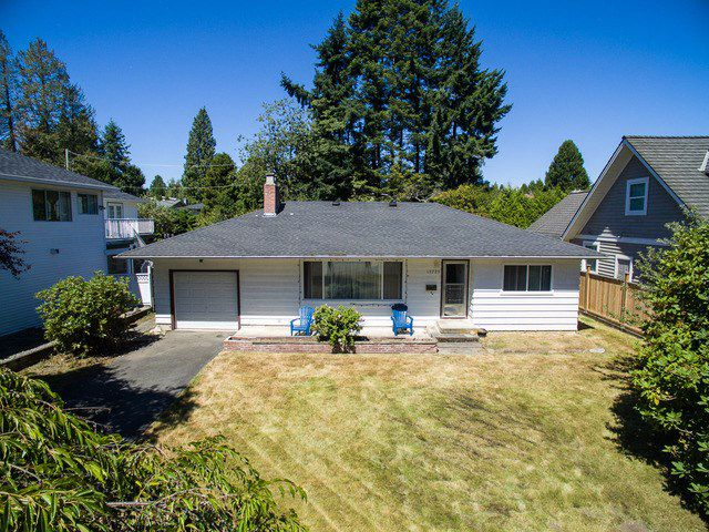 "Main Photo: 13775 MARINE Drive: White Rock House for sale in ""MARINE DRIVE"" (South Surrey White Rock)  : MLS®# F1448754"