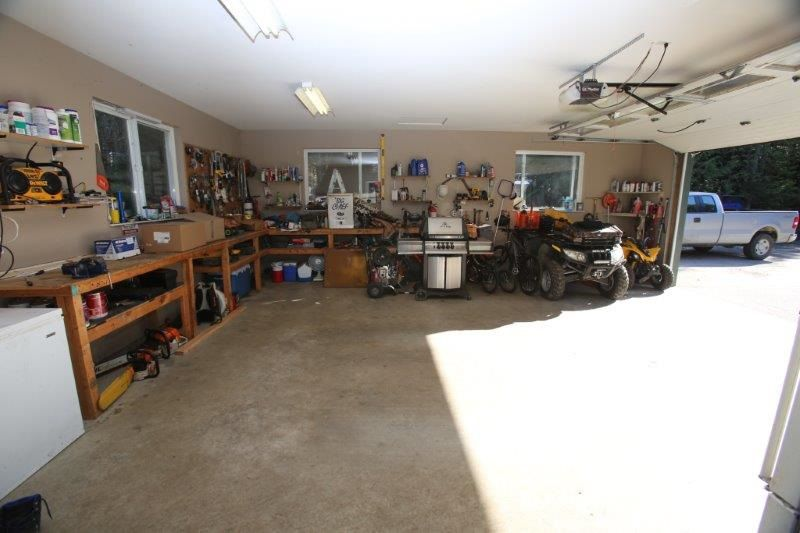 Photo 17: Photos: 5980 SECHELT INLET Road in Sechelt: Sechelt District House for sale (Sunshine Coast)  : MLS®# R2045230