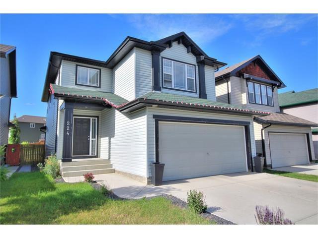 Main Photo: 224 EVERMEADOW Avenue SW in Calgary: Evergreen House for sale : MLS®# C4071056