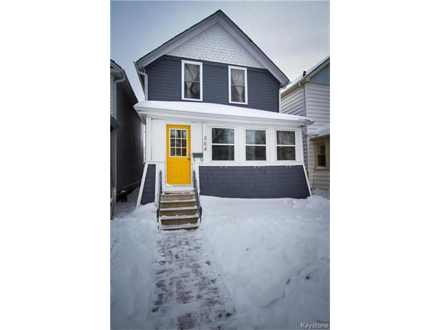 Main Photo: 304 Arnold Avenue in Winnipeg: Fort Rouge Residential for sale (1Aw)  : MLS®# 1700584