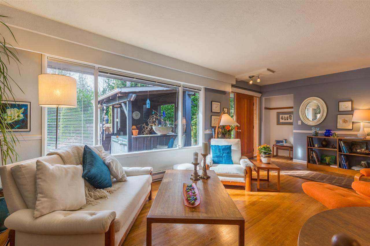 Photo 4: Photos: 7791 LOHN Road in Halfmoon Bay: Halfmn Bay Secret Cv Redroofs House for sale (Sunshine Coast)  : MLS®# R2139778