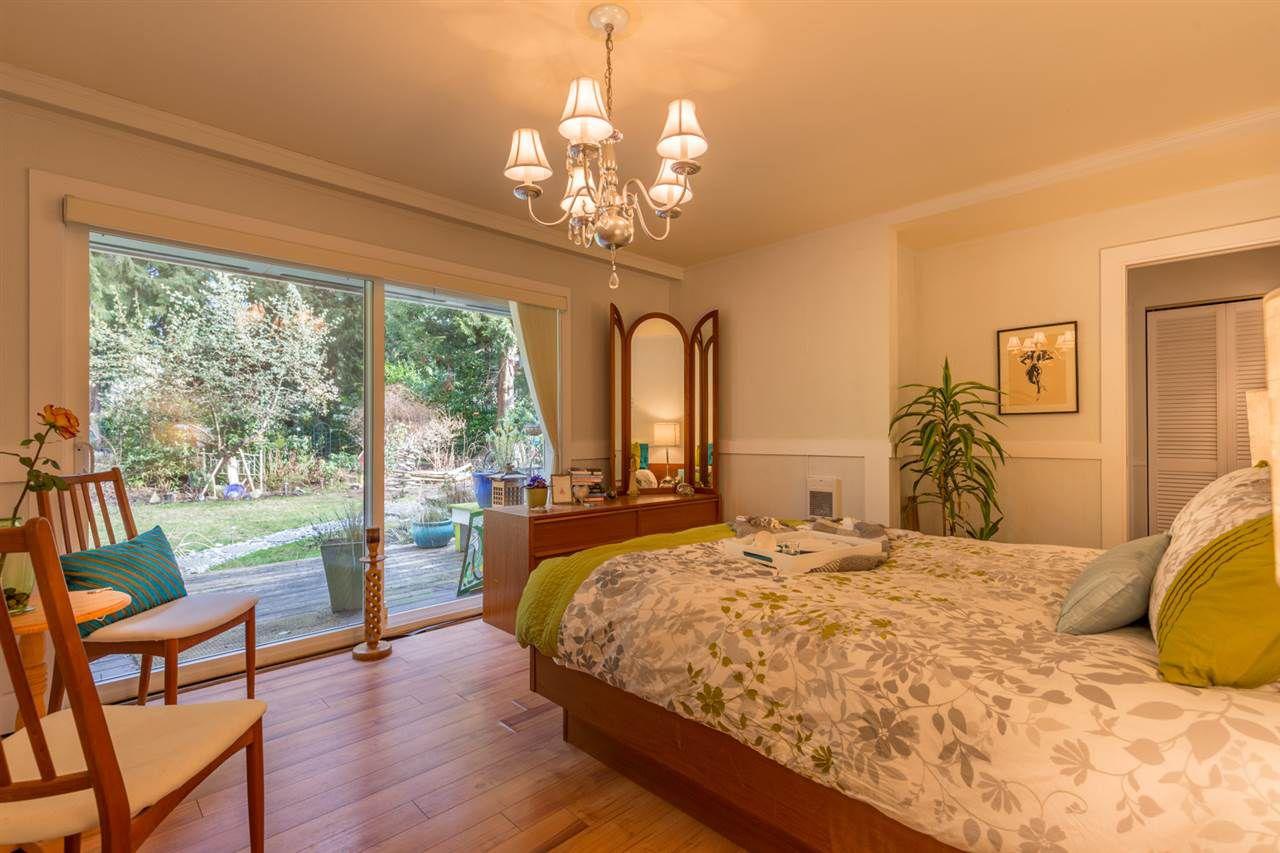 Photo 10: Photos: 7791 LOHN Road in Halfmoon Bay: Halfmn Bay Secret Cv Redroofs House for sale (Sunshine Coast)  : MLS®# R2139778