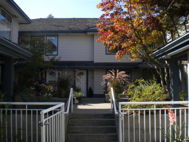 Main Photo: 6 5662 208TH Street in Langley: Home for sale : MLS®# F2923045