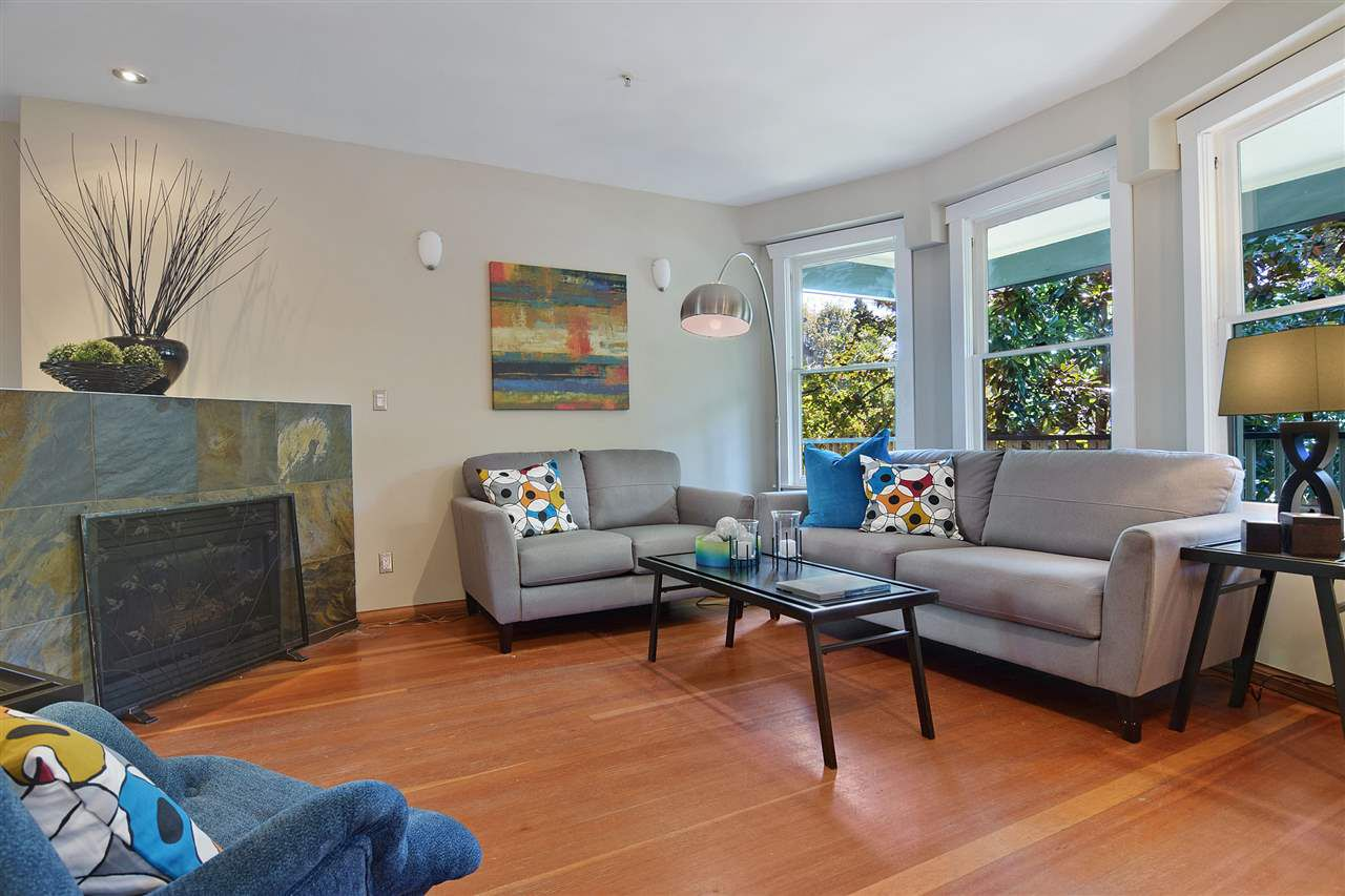 Main Photo: 2025 W 5TH AVENUE in Vancouver: Kitsilano House 1/2 Duplex for sale (Vancouver West)  : MLS®# R2212905
