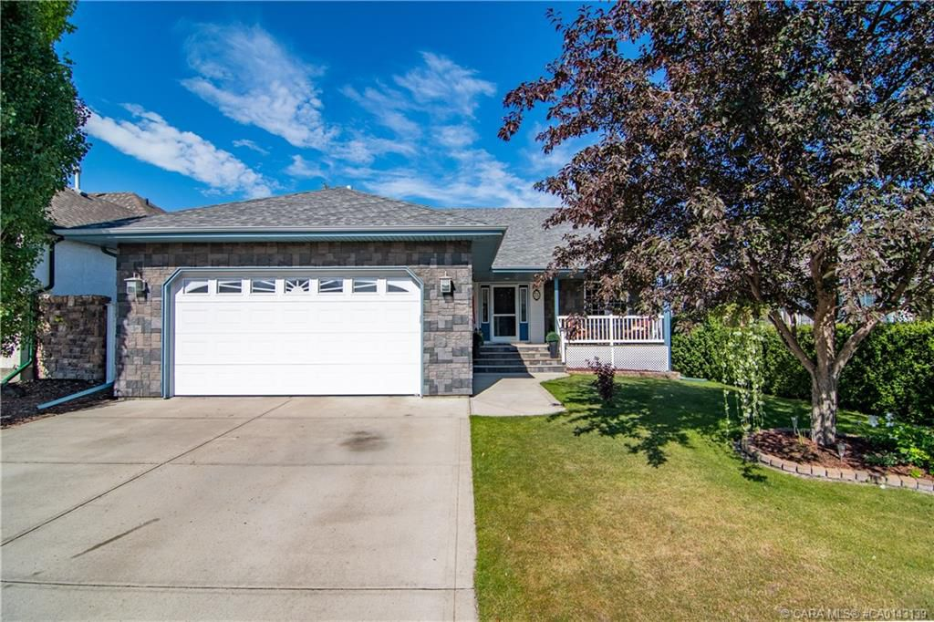 Main Photo: 71 ALLISON Crescent in Red Deer: RR Anders South Residential for sale : MLS®# CA0143139
