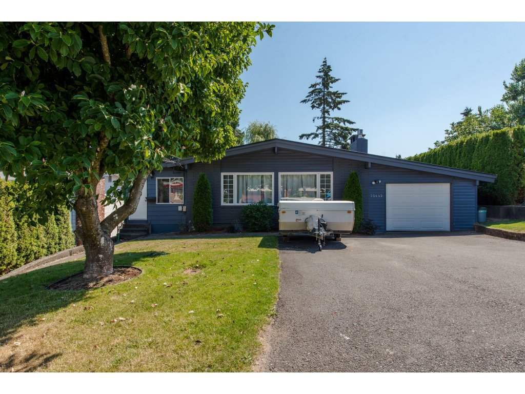 Main Photo: 32442 EMERALD Avenue in Abbotsford: Abbotsford West House for sale : MLS®# R2304920