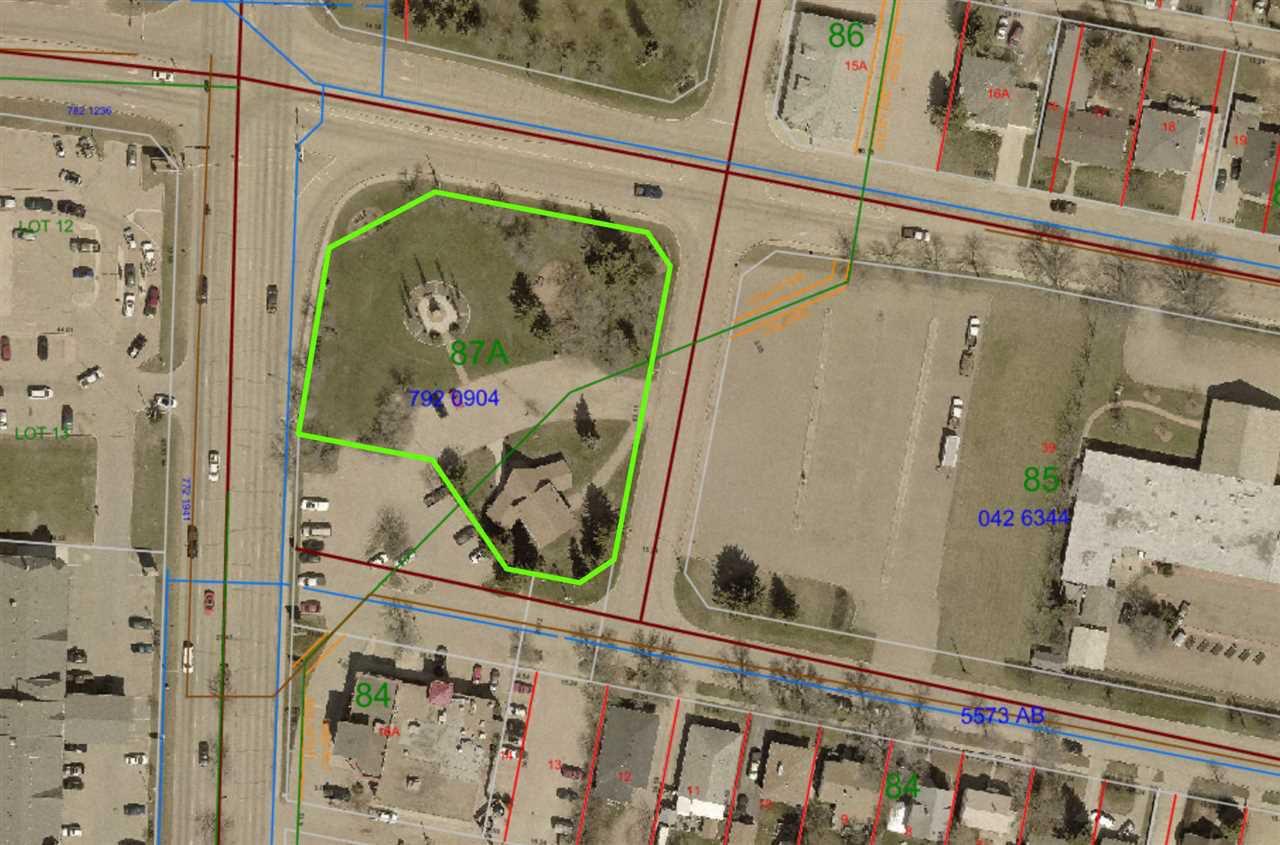 Main Photo: 4910 55A Street: Wetaskiwin Office for sale : MLS®# E4135721