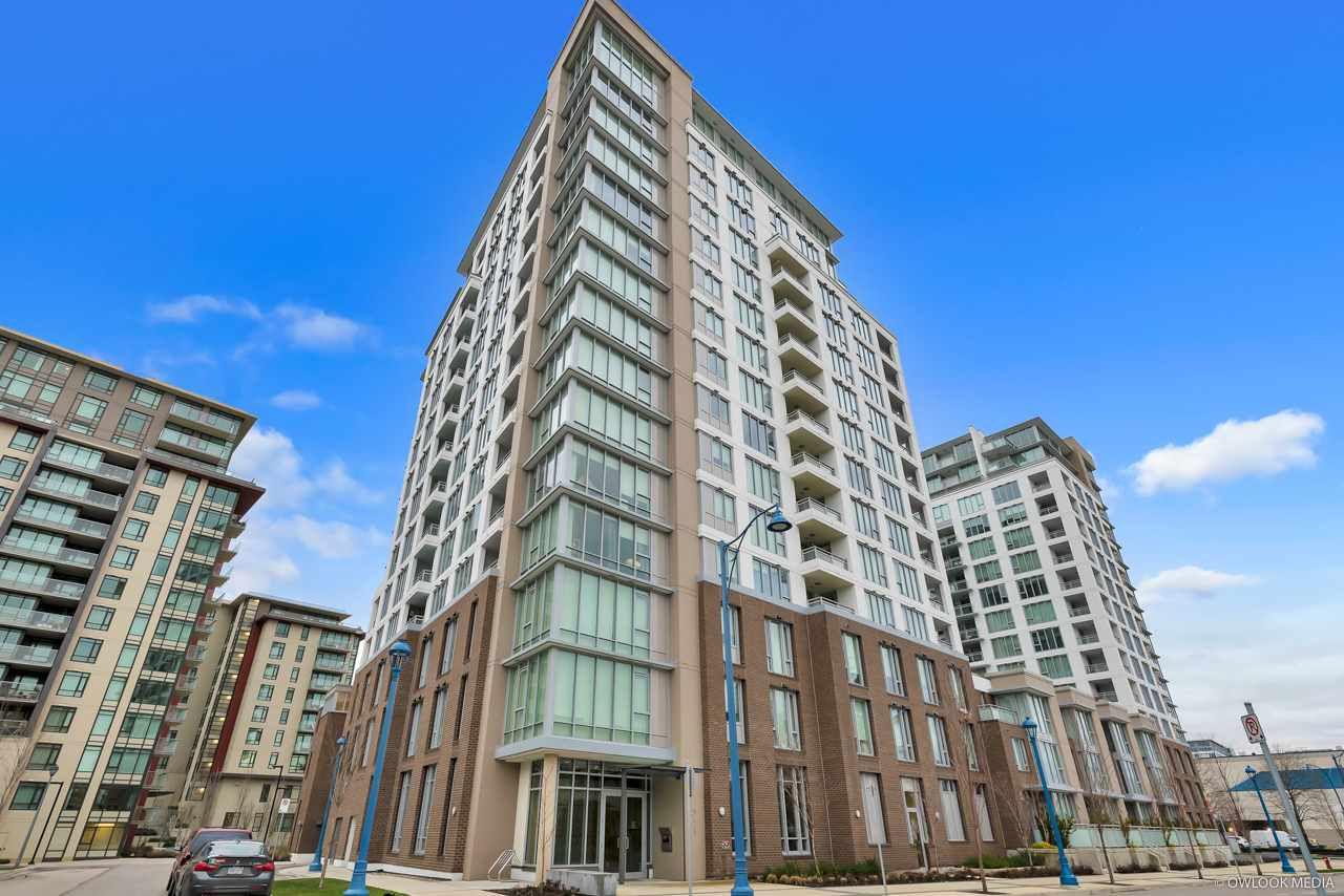 "Main Photo: 808 7333 MURDOCH Avenue in Richmond: Brighouse Condo for sale in ""Park Residences"" : MLS®# R2381259"