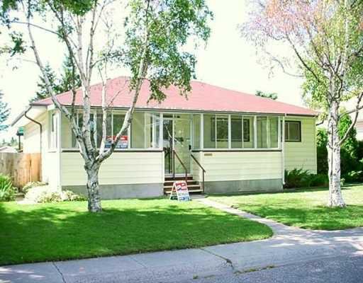 Main Photo:  in CALGARY: Glamorgan Residential Detached Single Family for sale (Calgary)  : MLS®# C3140580
