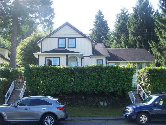 Main Photo: 2617 HENRY Street in Port Moody: Port Moody Centre House for sale : MLS®# V911107