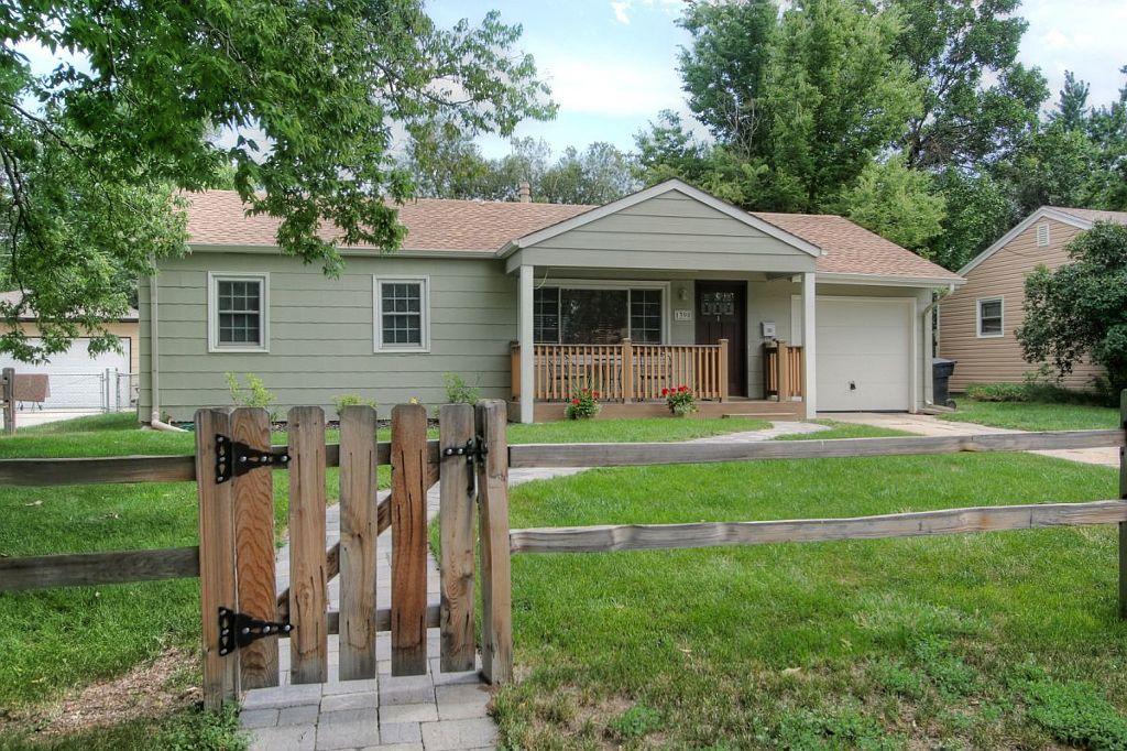Main Photo: 1390 S. Glencoe Street in Denver: House for sale : MLS®# 1070724