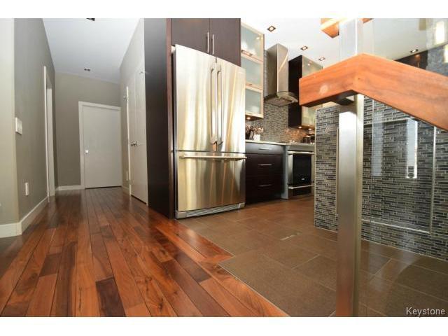 Photo 6: Photos: 187 McBeth Grove in WINNIPEG: West Kildonan / Garden City Residential for sale (North West Winnipeg)  : MLS®# 1504824
