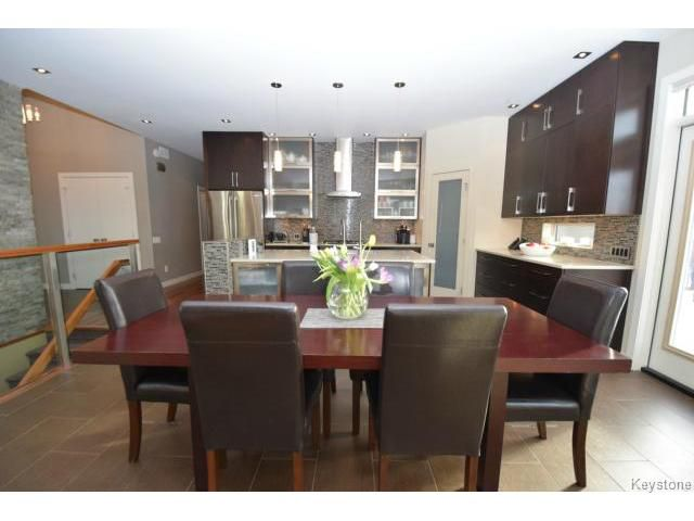 Photo 4: Photos: 187 McBeth Grove in WINNIPEG: West Kildonan / Garden City Residential for sale (North West Winnipeg)  : MLS®# 1504824