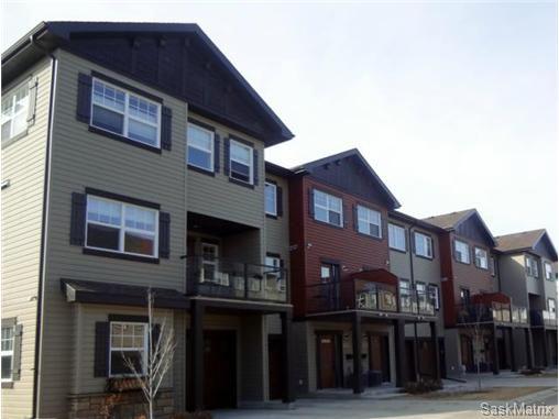 Main Photo: 525 150 Langlois Way in Saskatoon: Stonebridge Complex for sale (Saskatoon Area 02)  : MLS®# 526533