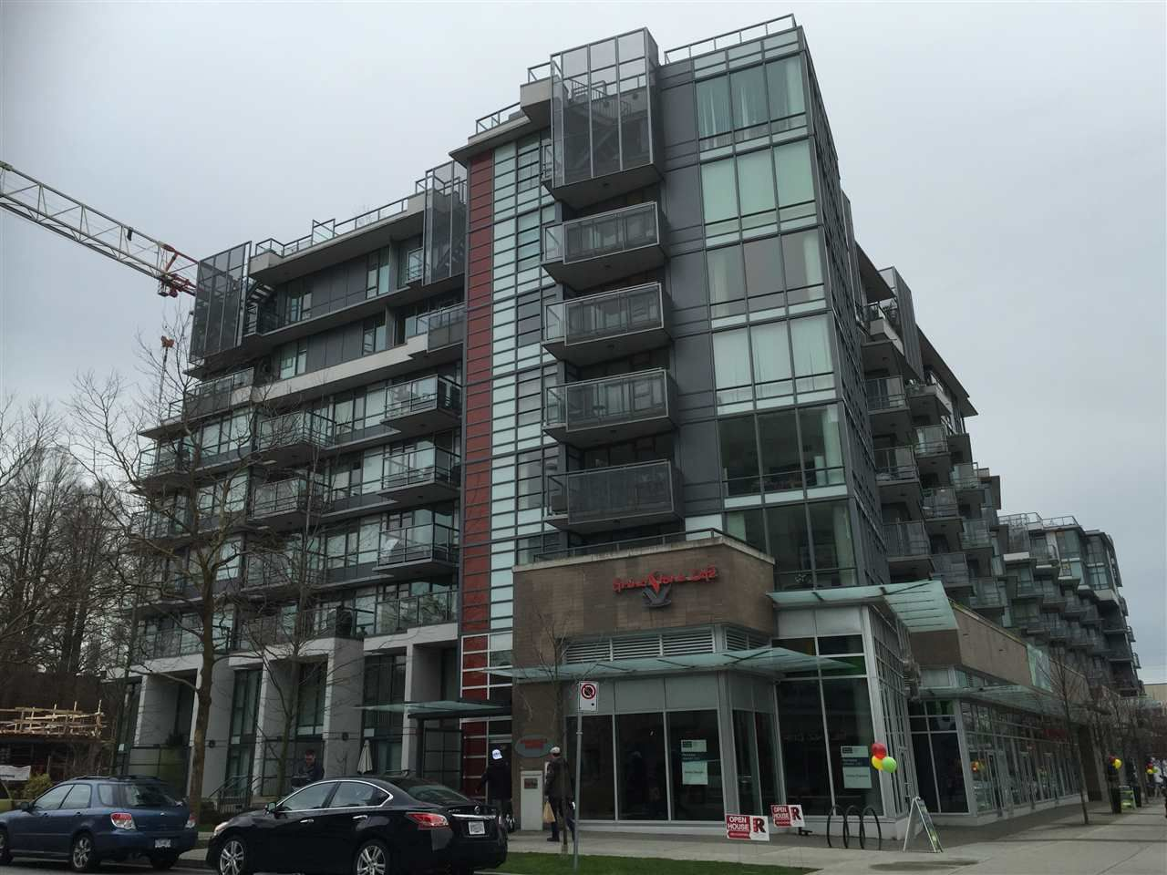 """Main Photo: 803 2507 MAPLE Street in Vancouver: Kitsilano Condo for sale in """"PINNACLE LIVING ON BROADWAY"""" (Vancouver West)  : MLS®# R2032022"""