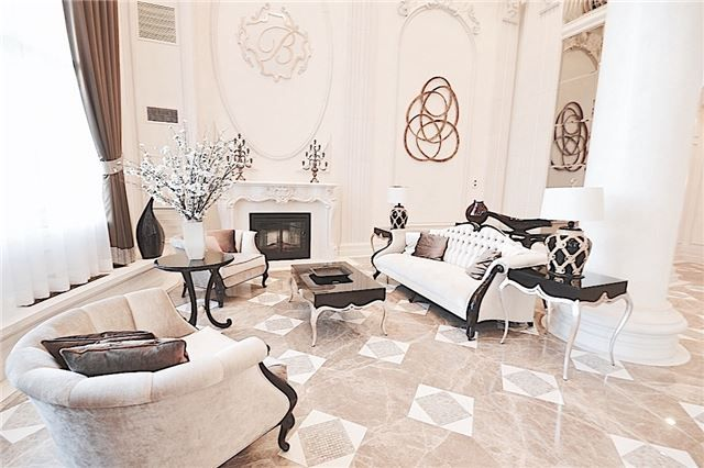 Main Photo: 9245 Jane Street in Vaughan: Maple Condo for sale : MLS(r) # N3733491 Marie Commisso