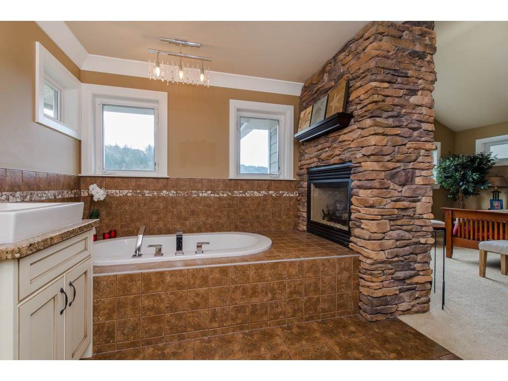 """Photo 13: Photos: 108 45473 ARIEL Place: Cultus Lake House for sale in """"RIVERSTONE HEIGHTS"""" : MLS®# R2155607"""