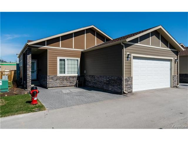 Main Photo: 88 Sandrington Drive in Winnipeg: River Park South Condominium for sale (2E)  : MLS®# 1703517