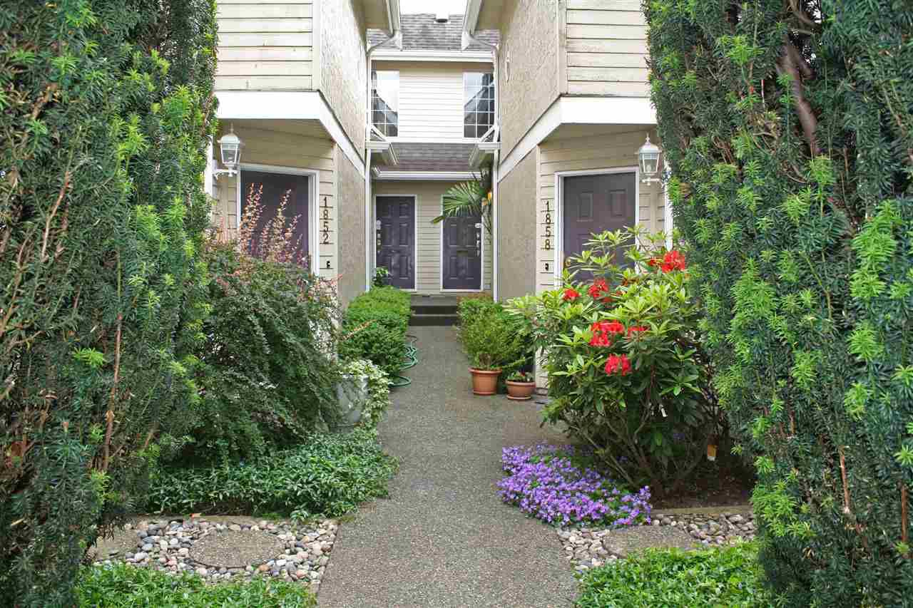 Main Photo: 1858 W 12TH Avenue in Vancouver: Kitsilano Townhouse for sale (Vancouver West)  : MLS®# R2179119