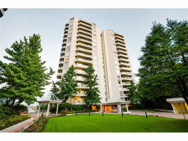 "Main Photo: 802 69 JAMIESON Court in New Westminster: Fraserview NW Condo for sale in ""Palace Quay"" : MLS®# R2186656"